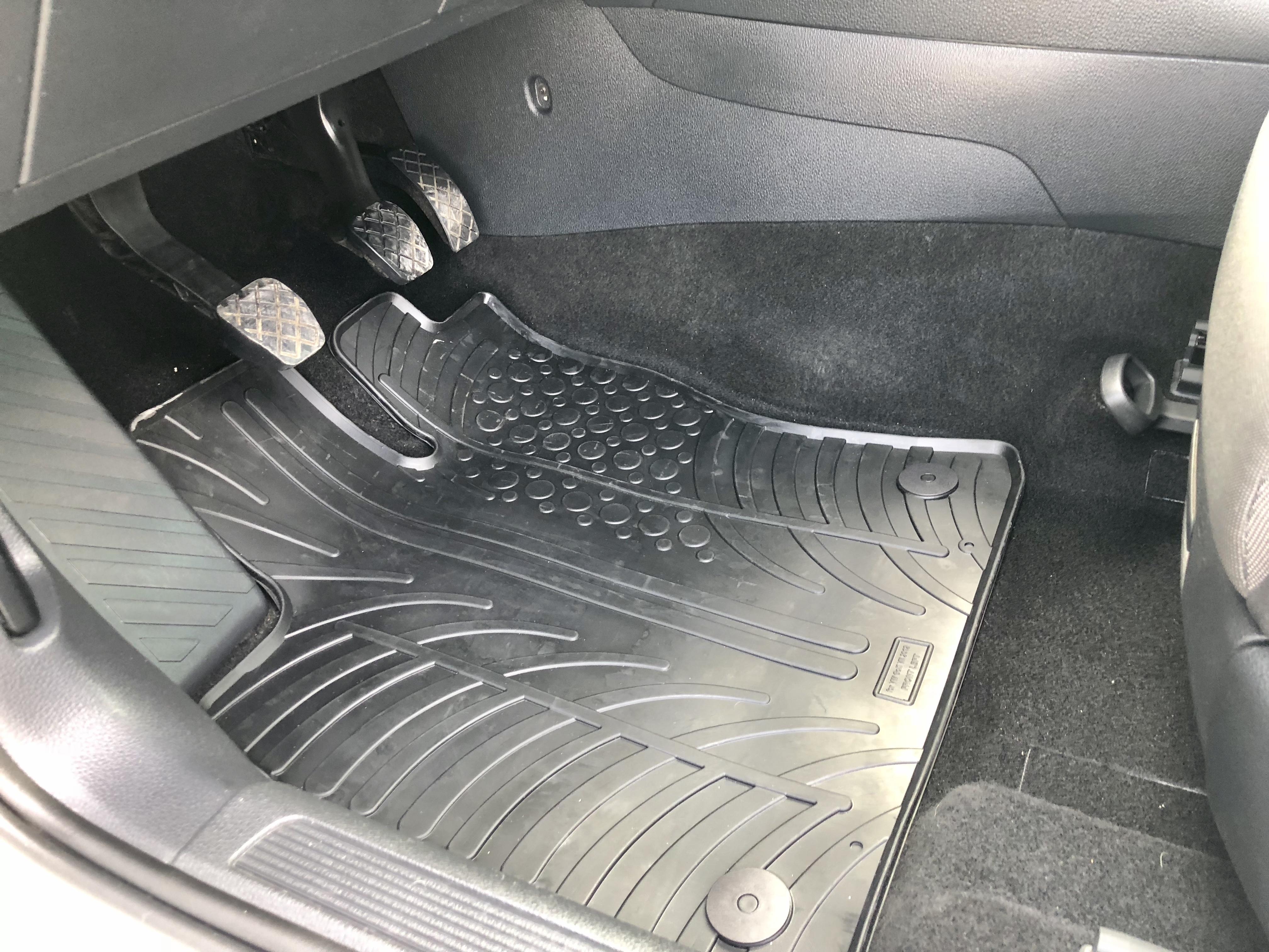 ORIGINAL GUMMI-FUßMATTEN BMW 5er F10 F11 2013-2017 NEU TOP ANGEBOT